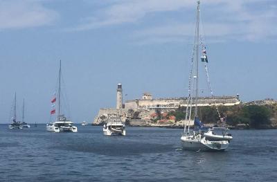 Boat-Parada-Havana-Harbor